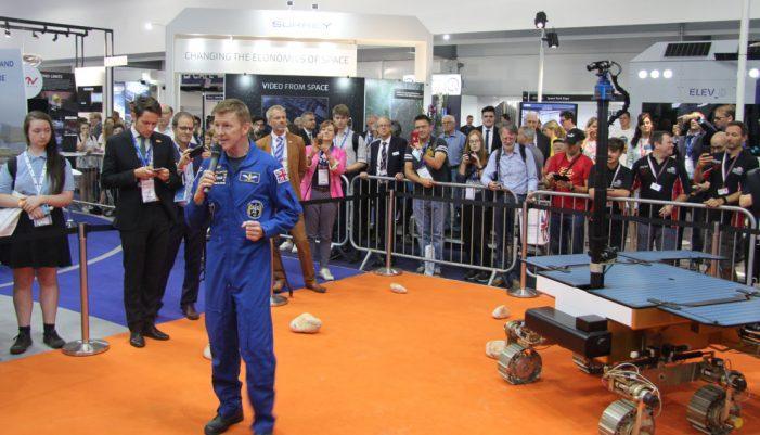 Bautiza al robot que viajará a Marte