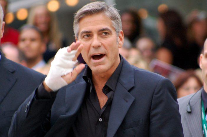 George Clooney sufre accidente en moto