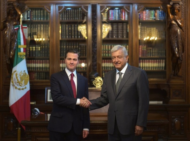 El presidente Peña Nieto garantiza a AMLO transición ordenada