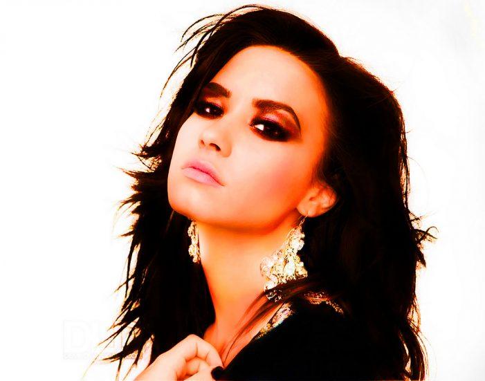 Hospitalizan a Demi Lovato por sobredosis