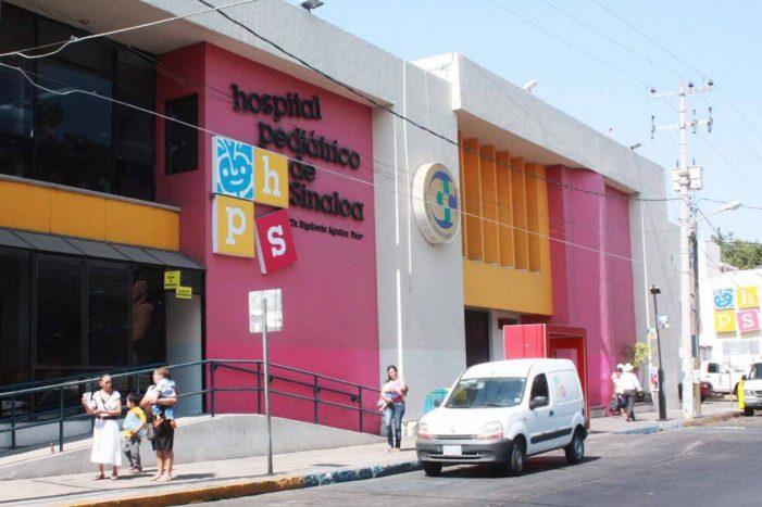 Revisa secretario de Salud hospitales de Culiacán