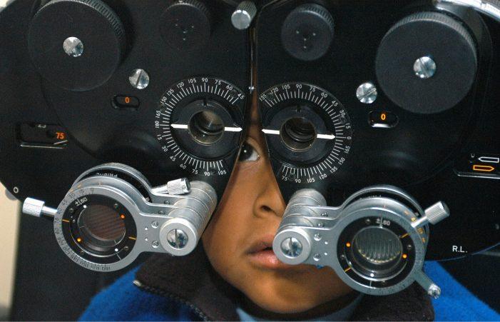 IMSS recomienda examen de la vista a niños al inicio de ciclo escolar