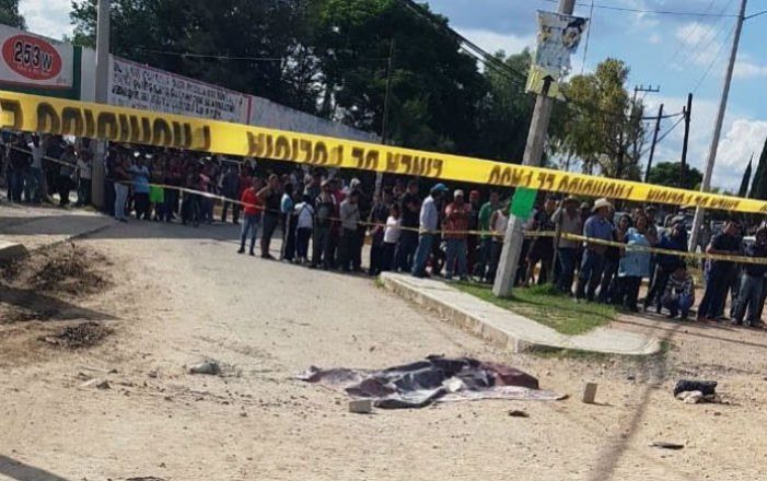 Linchan y queman vivos a presuntos robachicos, ahora en Hidalgo
