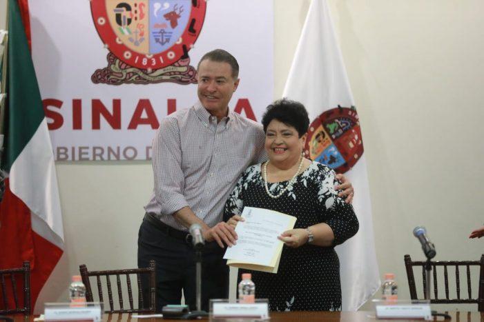 Sinaloa   Martha Tamayo va al Registro Público