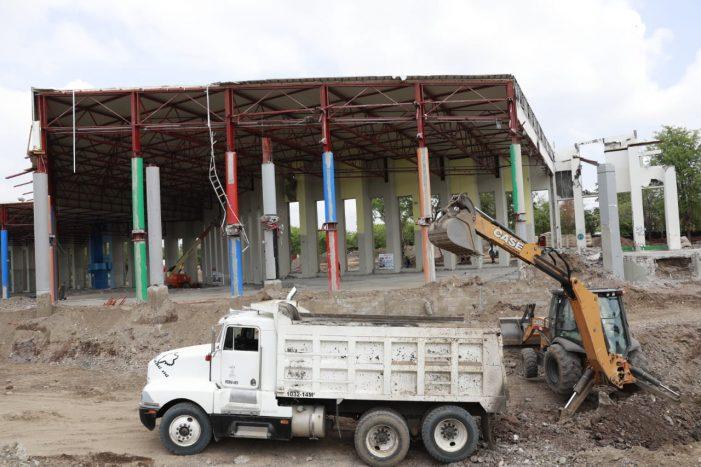 Supervisa Quirino reconstrucción del CCS
