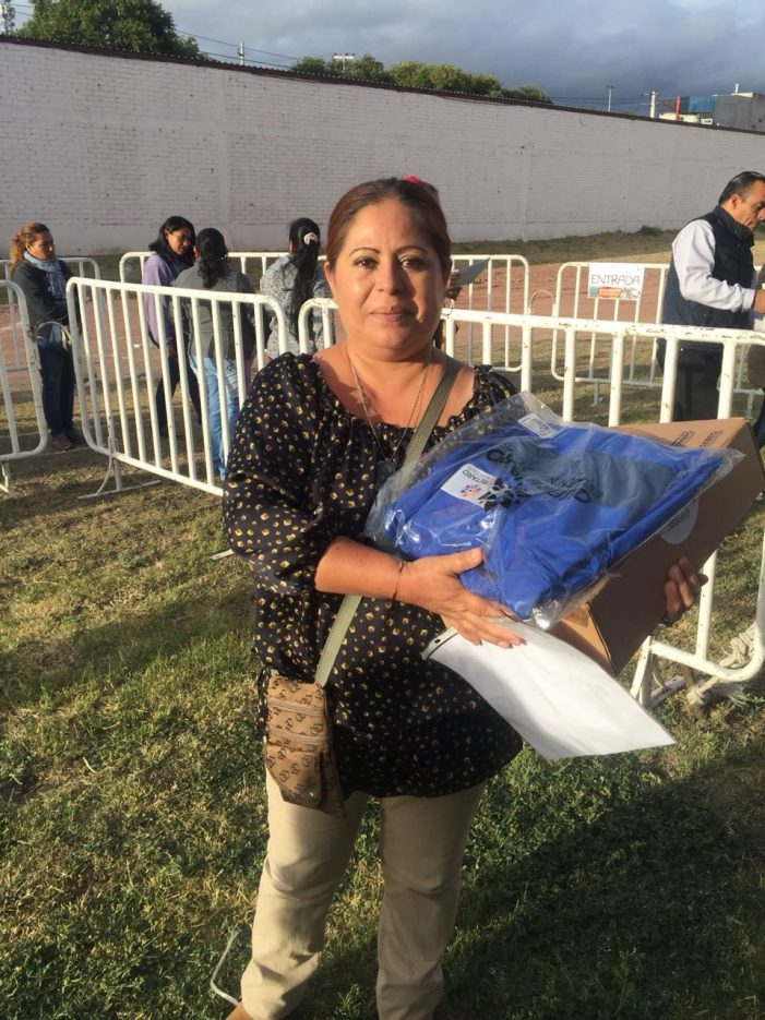 Inicia periodo de entrega de los paquetes de útiles escolares en Querétaro