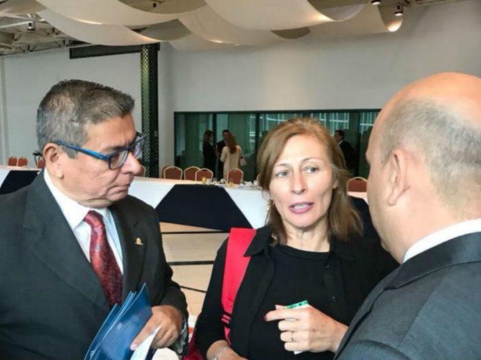 Tatiana Clouthier avala iniciativa para reformar artículo constitucional 102