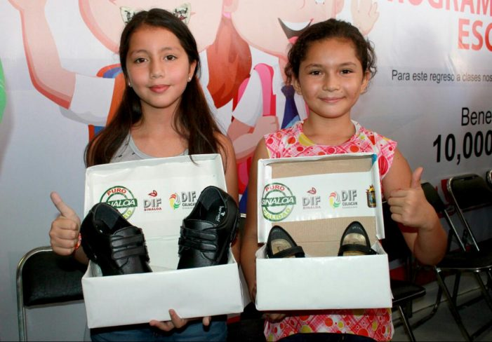 Sinaloa | Apoyarán autoridades a padres de familia con 10 mil vales de calzado