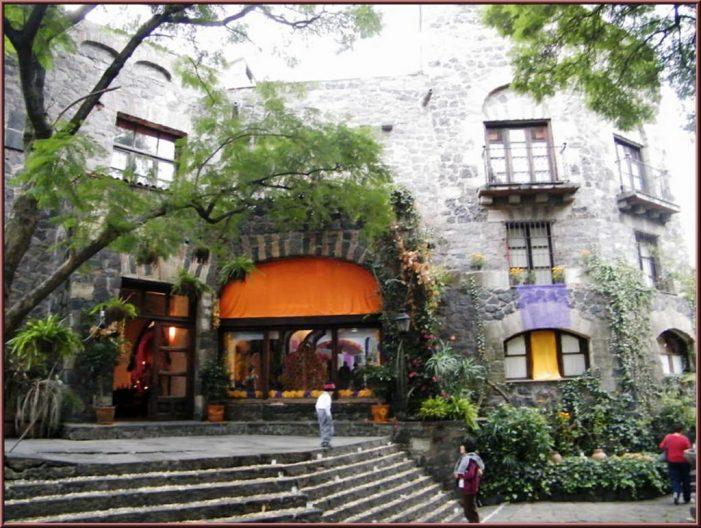 """Mezcal Oro de Oaxaca colocará ofrenda en la casa de Emilio """"El Indio"""" Fernández"""
