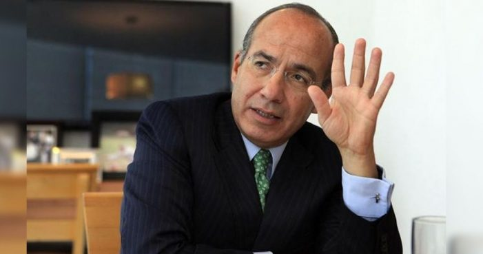 Expresidente Felipe Calderón renuncia al PAN
