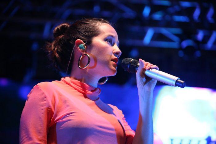 Sinaloa | Cautiva Sariñana con su big band