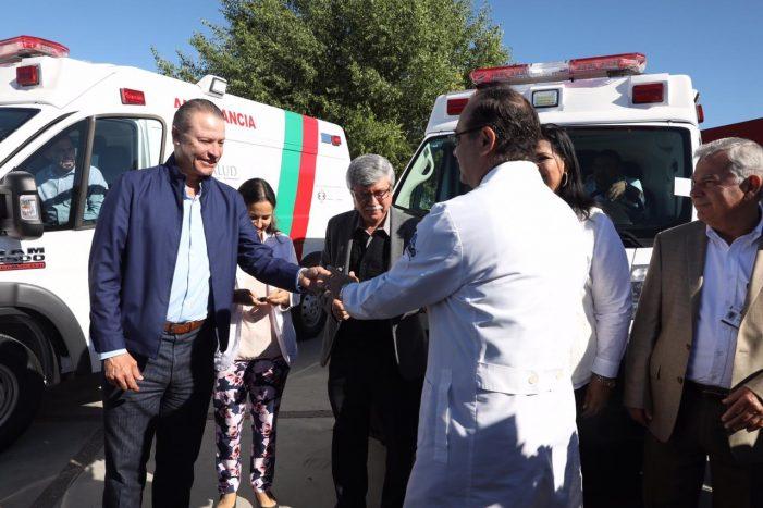 Entrega Quirino ambulancias y equipamiento médico por 15 mdp