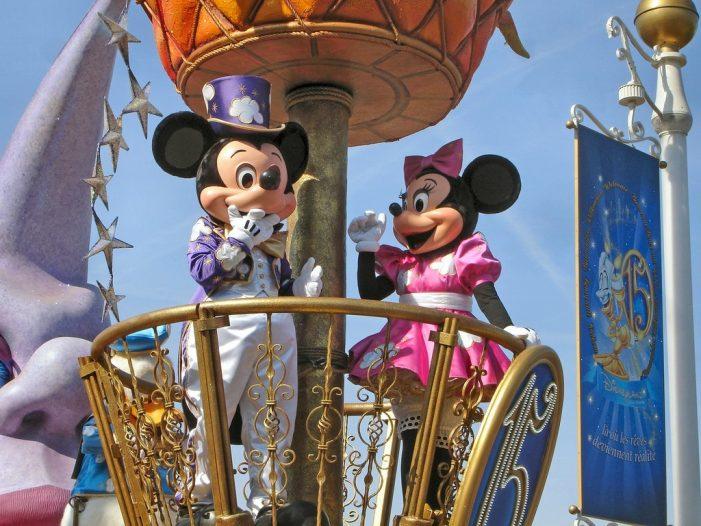 Disneyland tendrá desfile gay