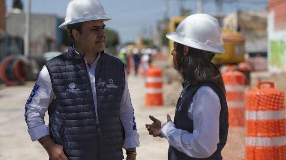 Nava supervisa obra en colector pluvial en Epigmenio González