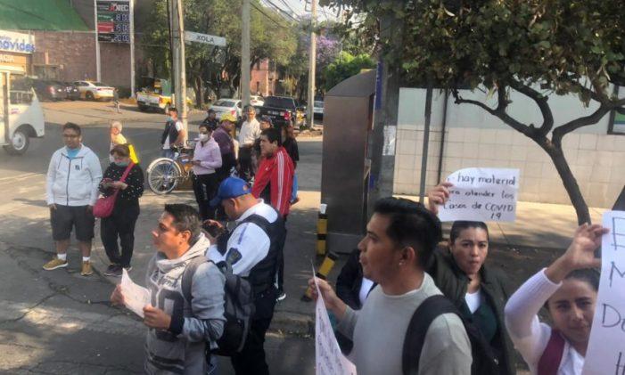 Médicos internos denuncian omisiones del IMSS para protegerlos del Covid-19