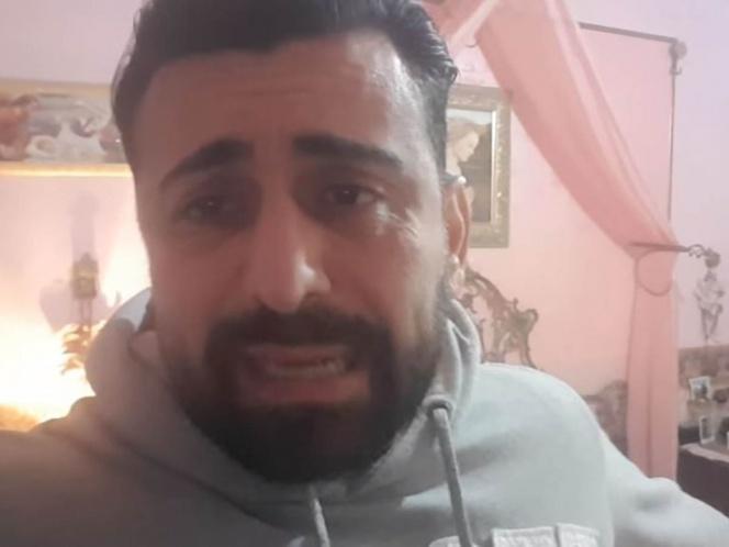 Italiano queda encerrado en casa junto con su hermana fallecida de coronavirus.