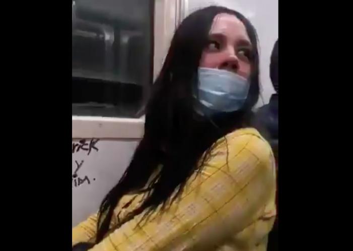#LadyRayones en el Metro