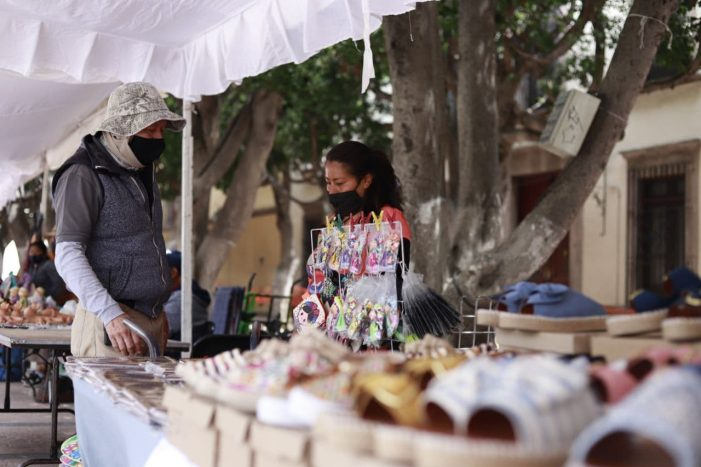 Llega Feria Artesanal al Jardín Guerrero de Querétaro