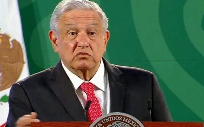 INE apercibe a López Obrador por posible desacato