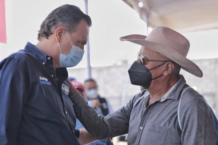 Mauricio Kuri propone seguro de vida a productores