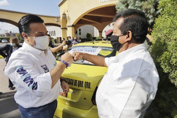 Luis Nava propone seguro de vida para los taxistas de Querétaro
