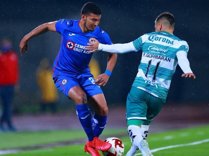 Cruz Azul vence a Santos 1-0 y acaricia el título del fútbol mexicano