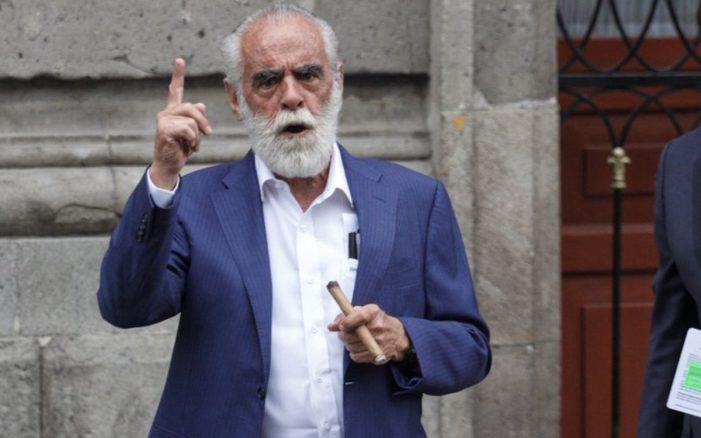 Jefe Diego presenta denuncia contra López Obrador ante la Fiscalía