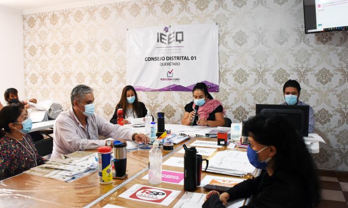 IEEQ valida elecciones de 15 distritos y 18 ayuntamientos del estado