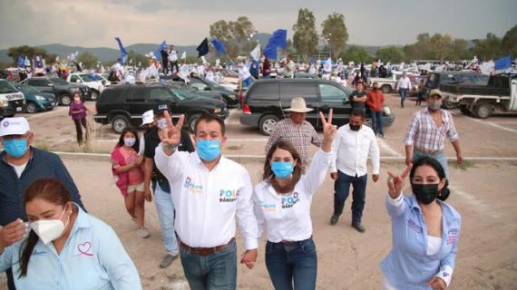 CON EL RESPALDO CIUDADANO, POLO BÁRCENAS CIERRA CAMPAÑA PARA PRESIDENTE MUNICIPAL DE COLÓN