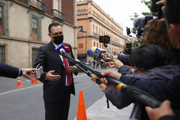 Mauricio Kuri se reúne con López Obrador