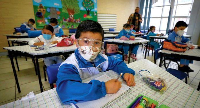 Necesarios sacrificios para mantener las escuelas abiertas: Vocería