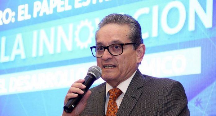 Mauricio Kuri designa a titulares de Educación y Usebeq